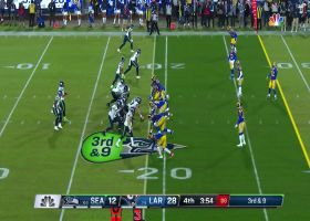 Dante Fowler evades linemen to sack Russell Wilson on third down