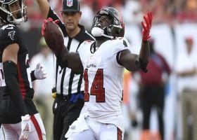 Godwin nearly lands eye-popping hurdle at end of 24-yard grab