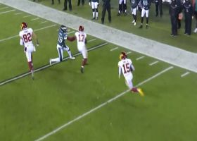 Steven Sims turns tricky handoff into speedy 18-yard run