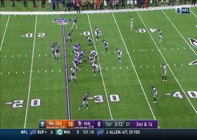 Von Miller clamps down on Cousins for third-down sack