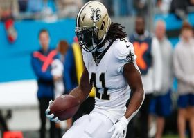 Alvin Kamara weaves through Panthers' D for untouched TD