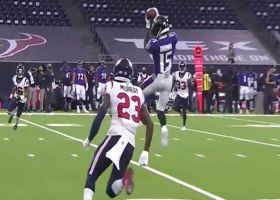 'Hollywood' Brown elevates for acrobatic third-down grab