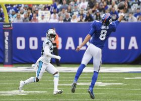 Can't-Miss Play: Daniel Jones makes one-handed catch on tricky toss