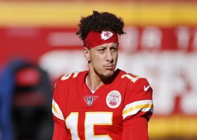 Rapoport: Mahomes showing positive signs after entering concussion protocol