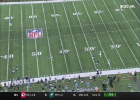 Zach Wilson improvises for 54-YARD launch to Keelan Cole