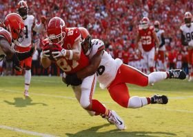 Travis Kelce extends for TD to cap Chiefs' 14-play drive