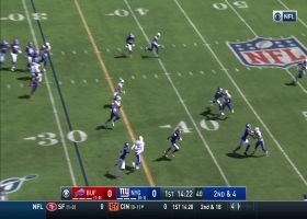 Fowler takes fly sweep for speedy 20-yard run